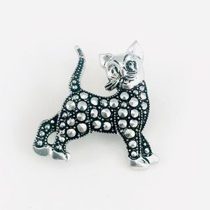 Jewelry - Germany Made Curious Cat Brooch